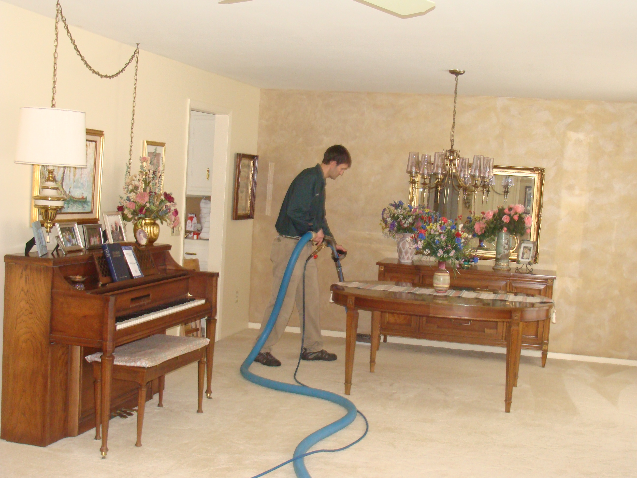 Using Corn Starch to Absorb Carpet Stains
